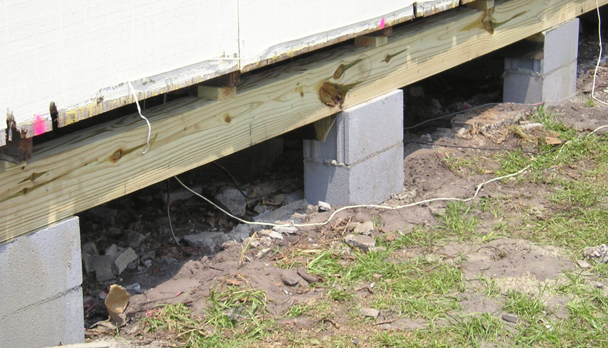 how to fix a cracked patio support beam
